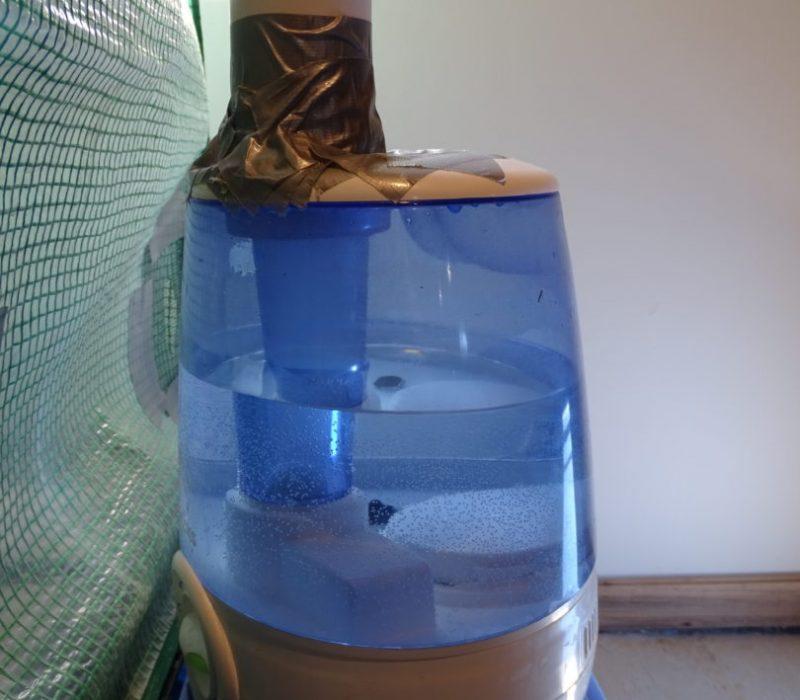 Vicks Filter-Free Cool Mist Humidifier, V4600